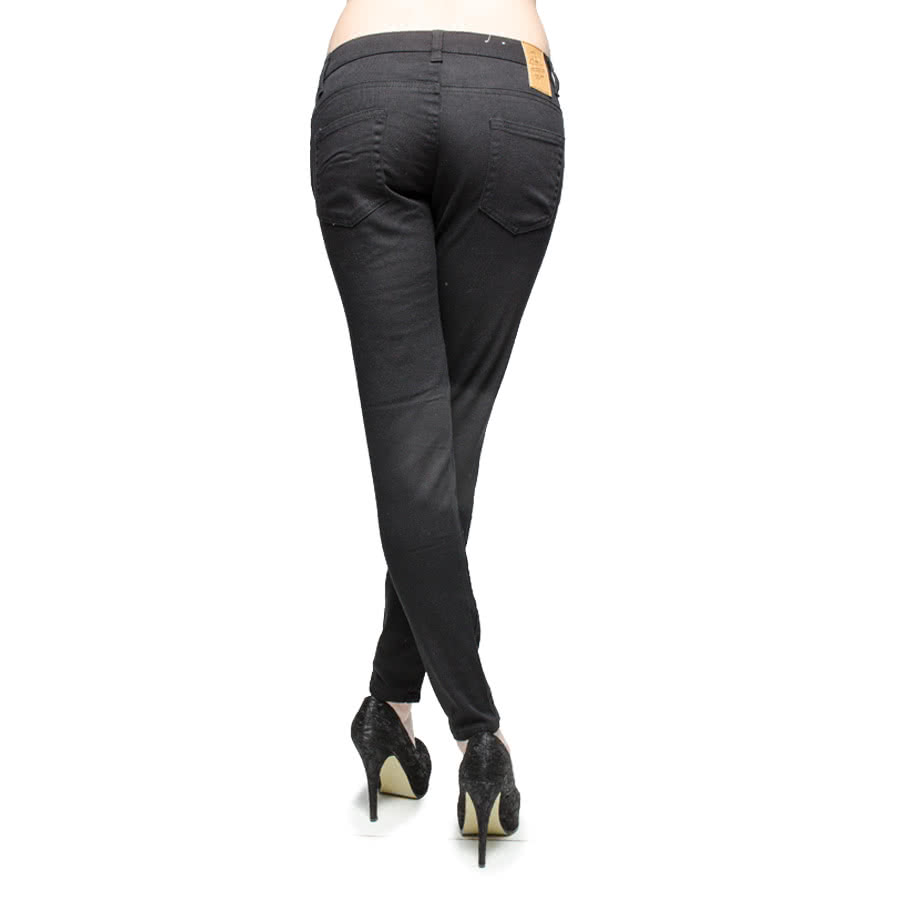 Bleeding Heart Skinny Petite Fit Jeans (Black)