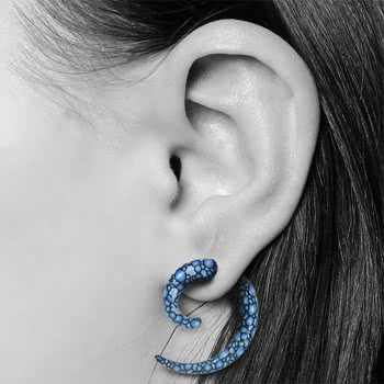 Blue Banana Spiral Ear Stretcher (Blue Bubble)