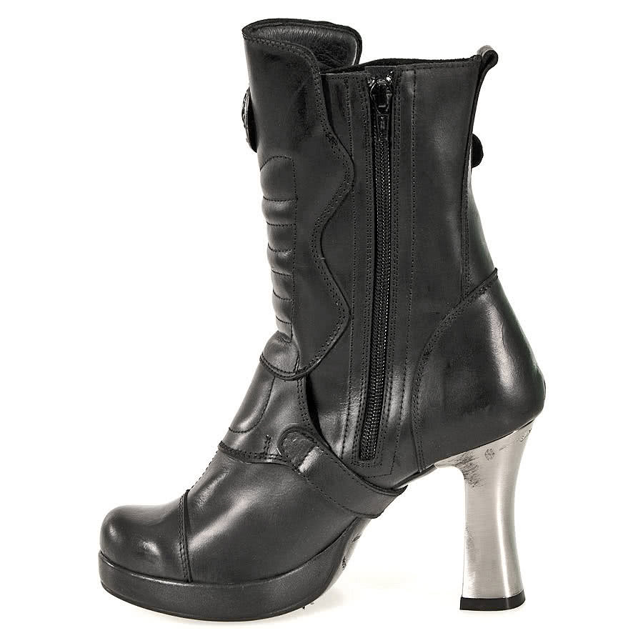 New Rock Boots Style 5832 (Black)