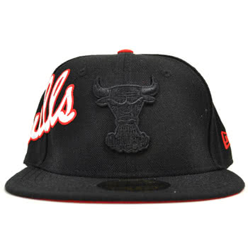 New Era Side Word Chicago Bulls Cap (Black)