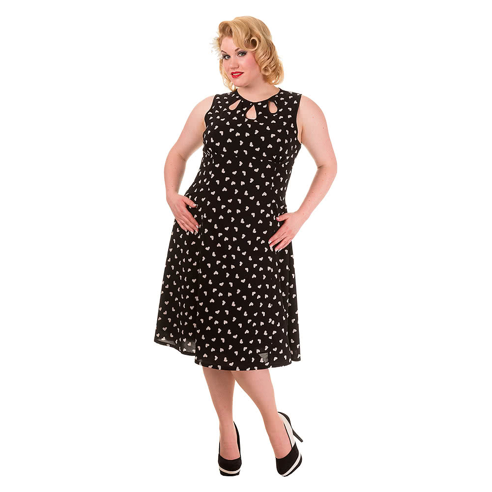 It's great, because it scouts out plus-size indie fashion from etsy stores and other DIY indie style hangouts, and collates them all in one place for you to browse. Love it! Just For Curves specialises in trendy women's plus size clothing and junior plus size clothing sizes